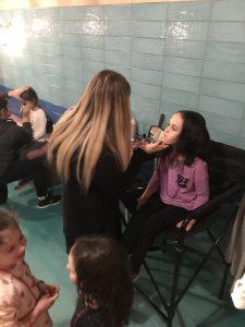 Laine Too - Glitter Makeup