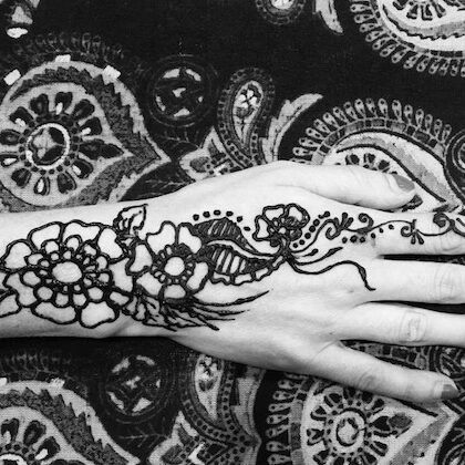 LaineToo_Tattoo_Henna_B&W