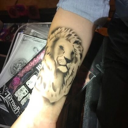 LaineToo Airbrush Lion